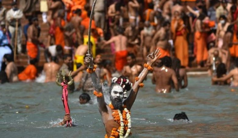 Dozens of COVID-19 victims's bodies found floating in India's Ganga river