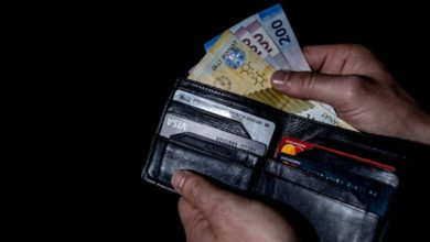 Azerbaijan sees nearly 1% decline in personal incomes