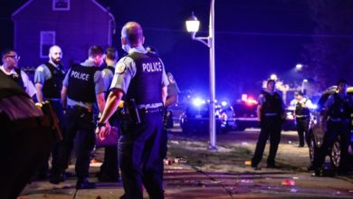 Four people killed in Chicago shooting